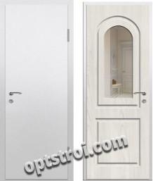 Входная металлическая дверь с зеркалом для квартиры в С-пб